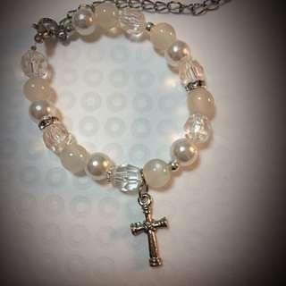Design Handmade Pearl Bracelet.