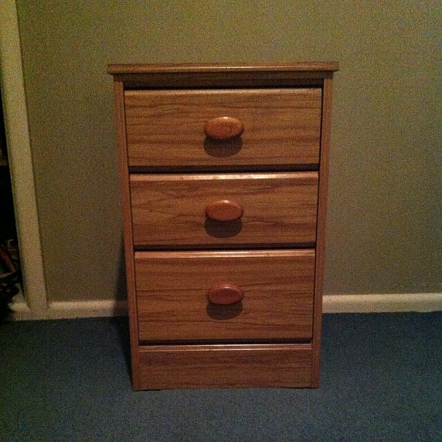 3 Draw Bedside Cabinet