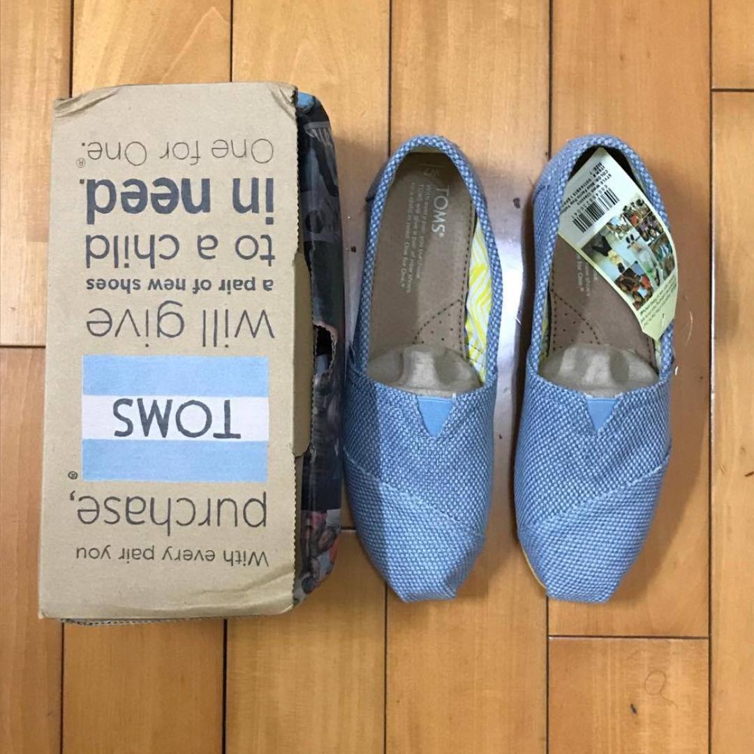 全新 TOMS 女生休閒鞋 (淺藍色)