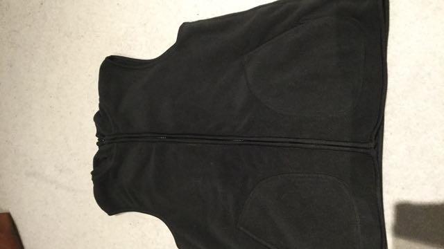 🎀 Uniqlo Fleece Vest