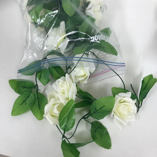 Artificial White Flower Garland, Design & Craft, Craft Supplies ...