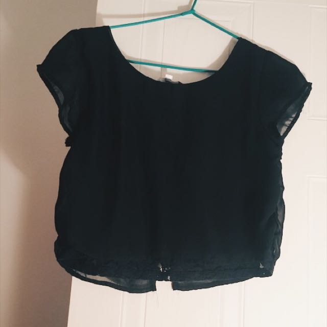 Black Loose Fitting Cropped Top With Lace Detail