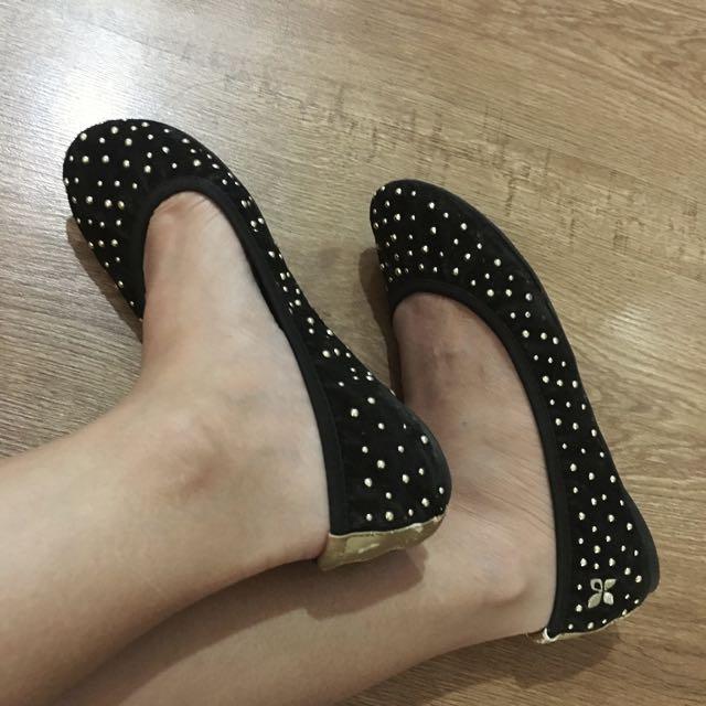 Butterfly Twist Black & gold Stud Flat Shoes