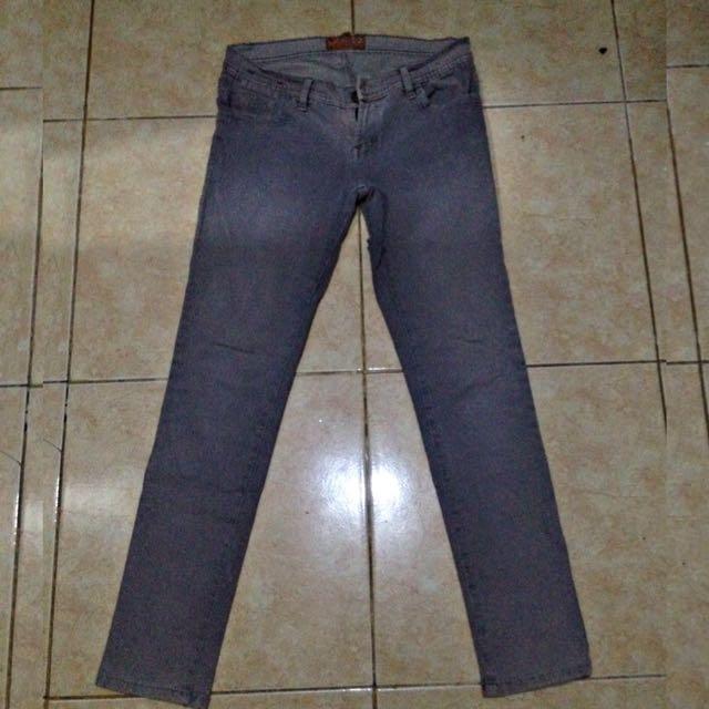 Celana Jeans (reprice)