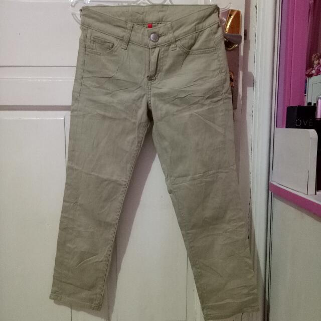 Celana Uniqlo / Uniqlo Pants
