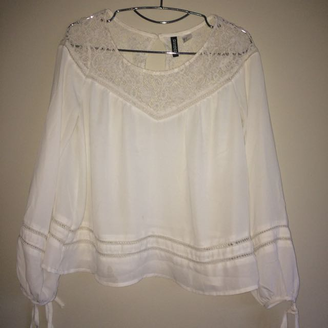DIVIDED BLOUSE