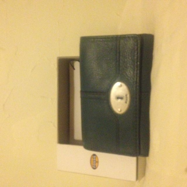 Fossil Leather Wallet (teal)