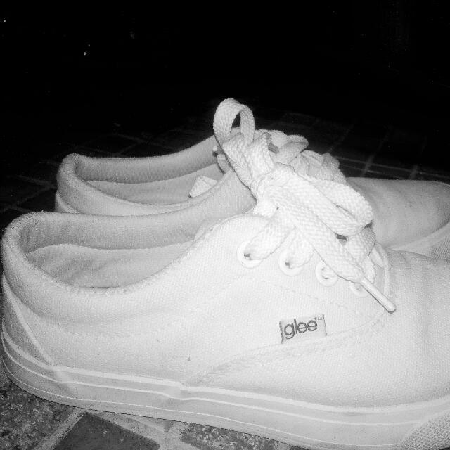 Glee Sneakers, Women's Fashion, Shoes