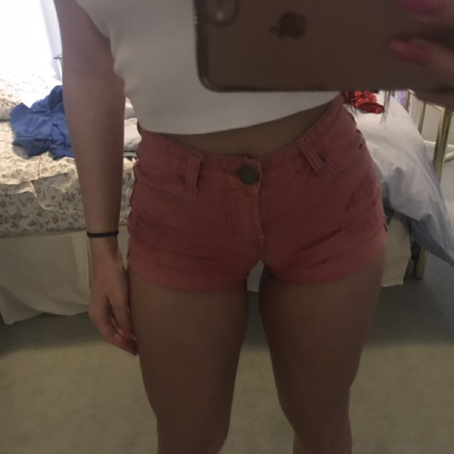 Henleys High Waisted Shorts - Small Size 8