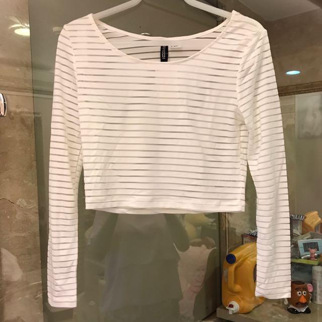 H&M 白色透膚橫條紋短版上衣(保留)