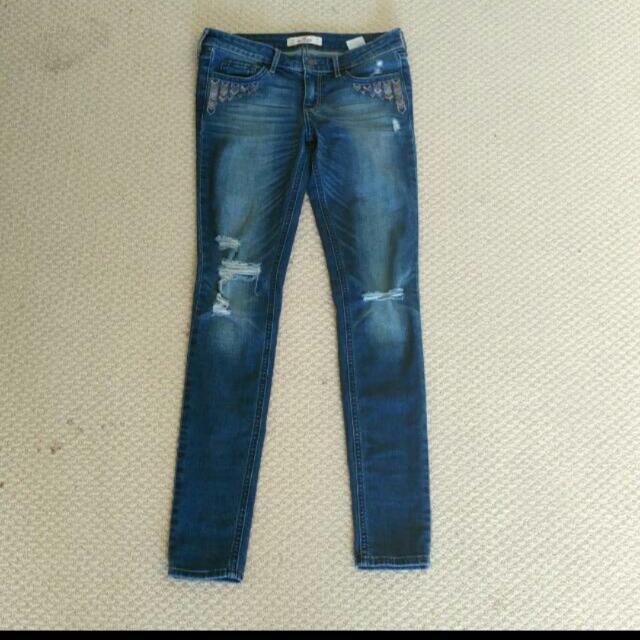 Hollister size 3R Jeans