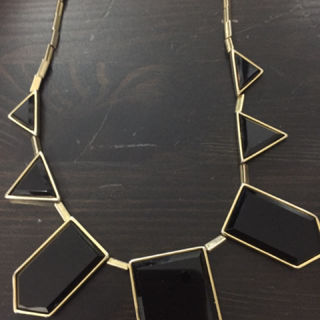 House Of Harlow 1960 Classic Black And Gold Necklace