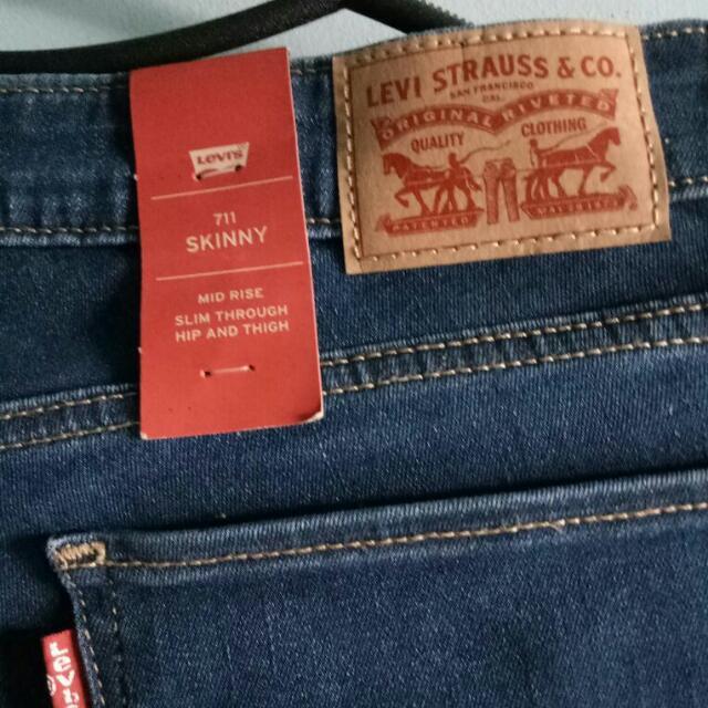 Levis Celana Jeans Original 711 Skinny Cewe