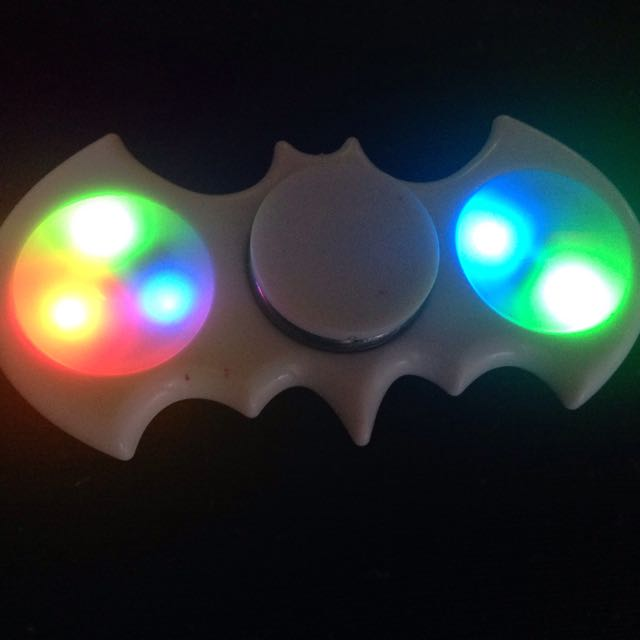 LIGHT UP BATMAN FIDGET SPINNER