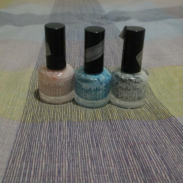 Nail Polish Very Me Dot It (Preloved)