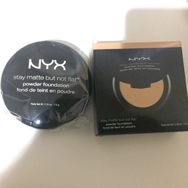 [NEGO] NYX STAY MATTE BUT NOT FLAT POWDER FOUNDATION