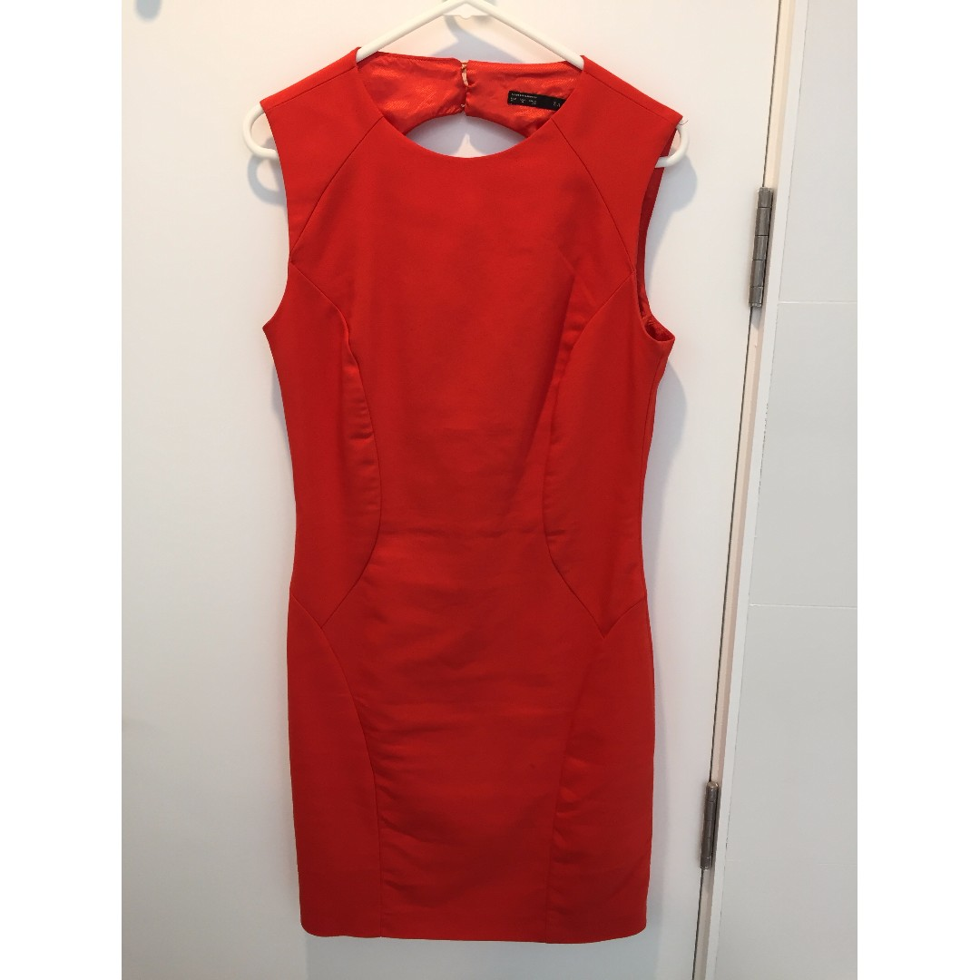 Orange/red backless shift dress