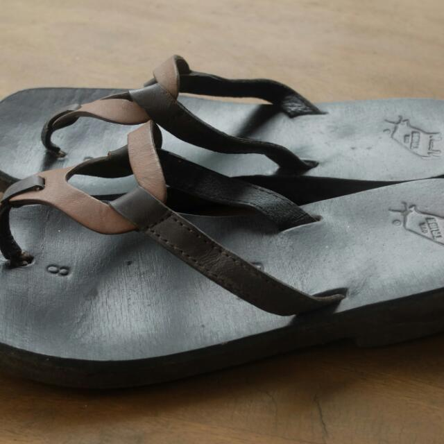 Our Tribe Leather Slippers
