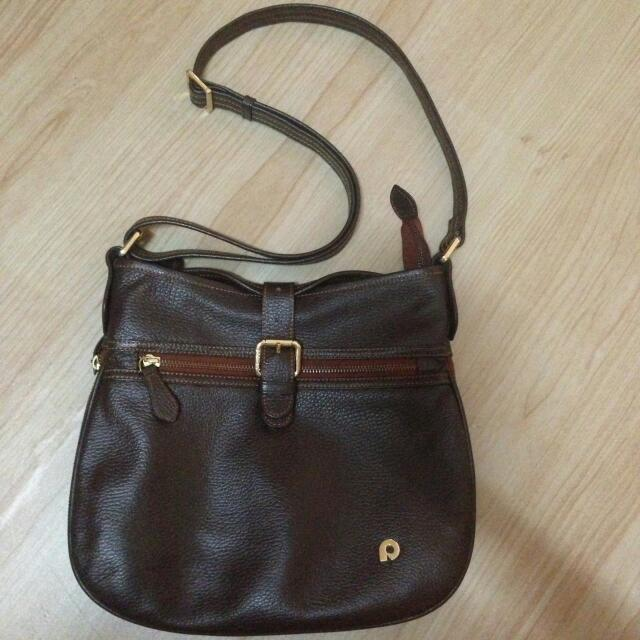 Papillon Leather Hand Bag