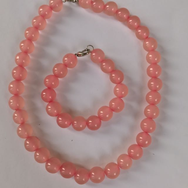 Pink Pearl Necklace and Bracelet