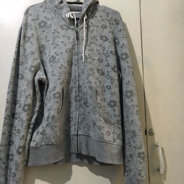 Pre-loved Style and Co Hoodie Jacket