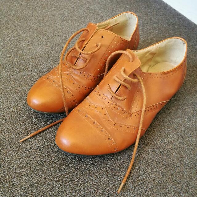 Tan Brogue Shoes Size 9 - London Rebel Brand