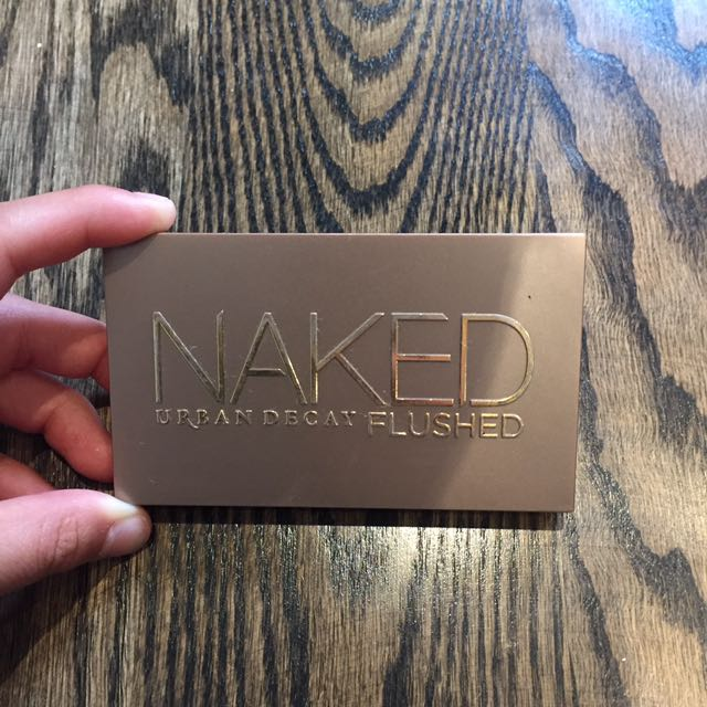 UD Naked Flushed Palette