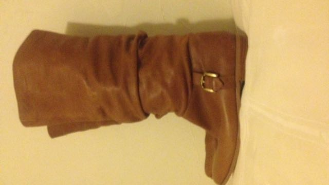 Wittner Leather Mid Calf Boots