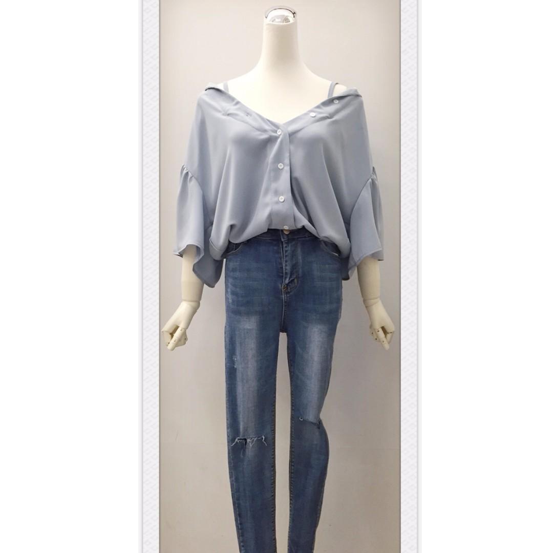 017S277 - 大領口細肩大荷葉袖寬鬆襯衫