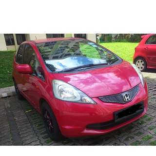 Honda Fit 1.3L - Zippy, Super Low Petrol Consumption, Uber/Grab Ready!