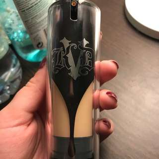 Kat Von D Lock It Foundation- Light 43 Warm