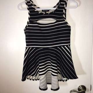 Ladies Size medium Top- Black And White Stripes With Keyhole At The Neck/chest