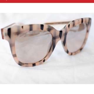 Authentic Gucci Sunnies - Mild Reflector Lens