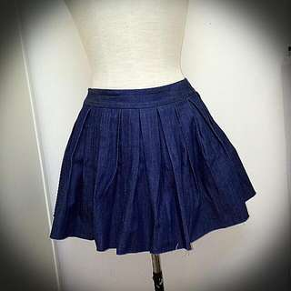 Denim Pleats Skirt, Raw edge
