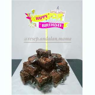 PROMO!! Birthday Brownies with dip ganache
