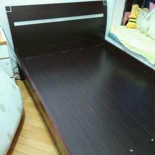 雙人4尺半油壓床
