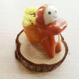 限時免運)全新陶瓷小猴子+乾燥花+木片一組價