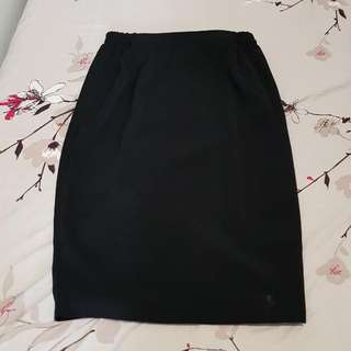 Black Short Skirt (Rok Span  Hitam Selutut Karet)
