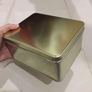 Box Caleng Warna Emas
