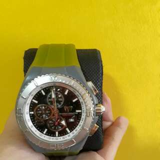 The Great Watch Sale! Autg TECHNOMARINE CRUISE Black FACE  GREEN STRAP! SELLING LOW!