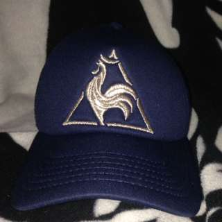 LE COQ HAT