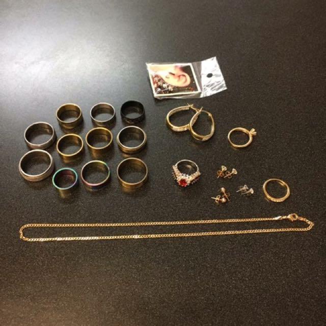 18ct RINGS 14ct EARRINGS ,STAINLESS STEEL RINGS ETC