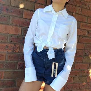 sz 6-8 GUESS White Long Sleeve Shirt