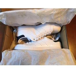 BNIB ADIDAS Stan Smith Navy Blue White Sneakers Sz 40/9
