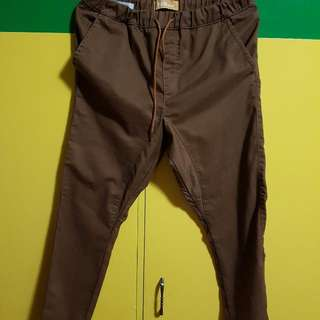 Folded And Hung Jogger Pants Size 30