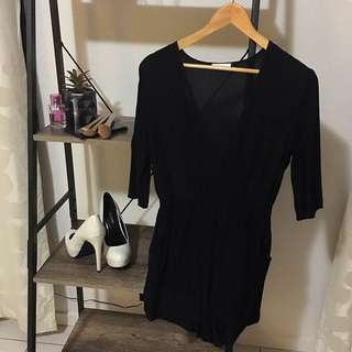 Isla (size XS)- Black Playsuit