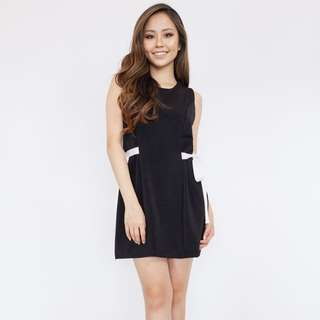 Ribbon Side Shift Dress - Black