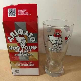 🚚 [Ericaca 愛挖寶] Hello Kitty 40周年 經典玻璃曲線杯~430ml