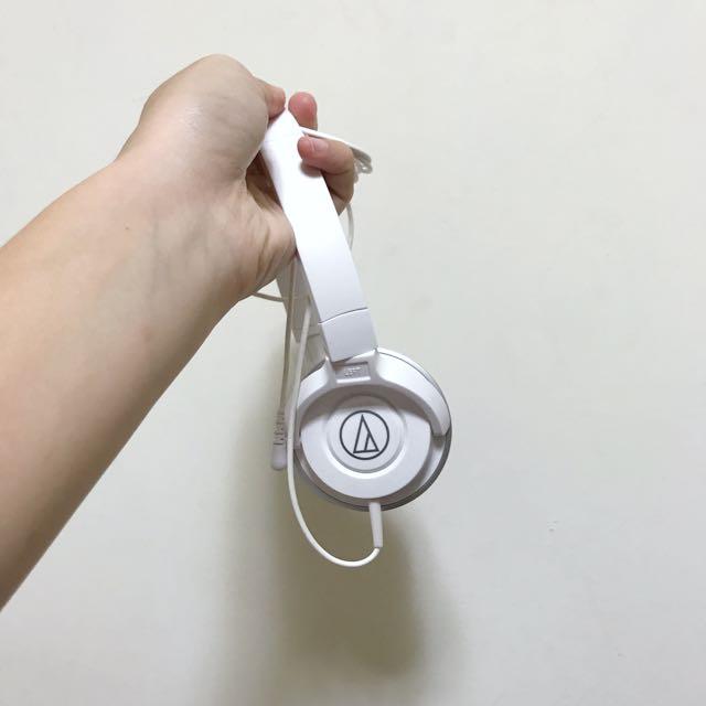 鐵三角白色耳機