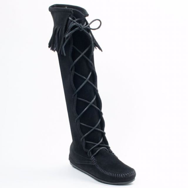 正品 Minnetonka 麂皮綁帶長靴